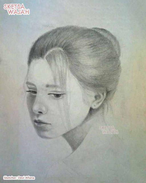 Sketsa Wajah Realis Hitam Putih Devi Afiana 2