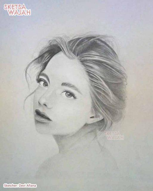 Sketsa Wajah Realis Hitam Putih Devi Afiana 3